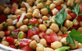 Nohut-salatası